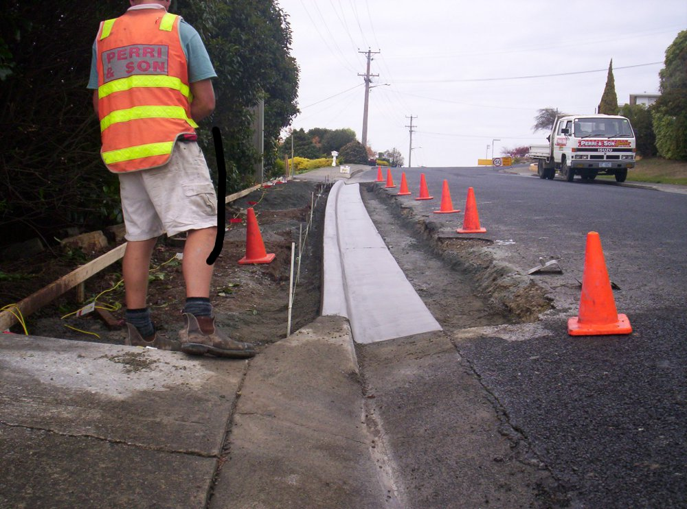 kerb-and-channel-construction.JPG