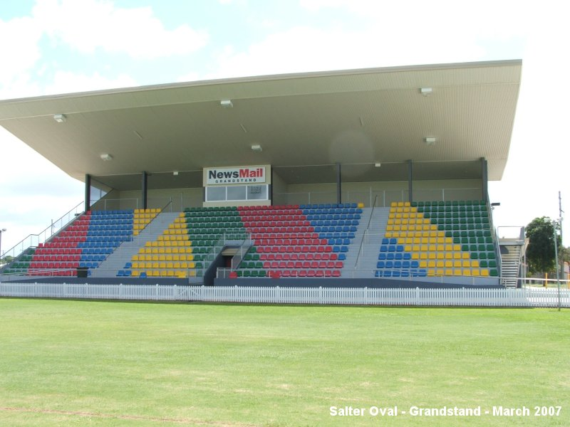 Salters_Oval_Grandstand_011.jpg