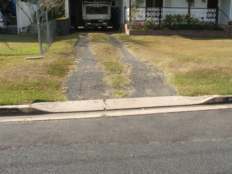 Typical_Kerb_Driveway_Layback.jpg