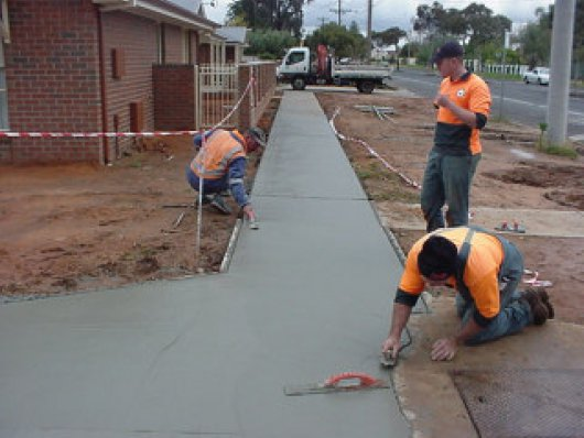 footpath-construction2.jpg