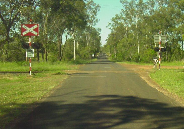 Bucca-Road-Level-Crossing.jpg