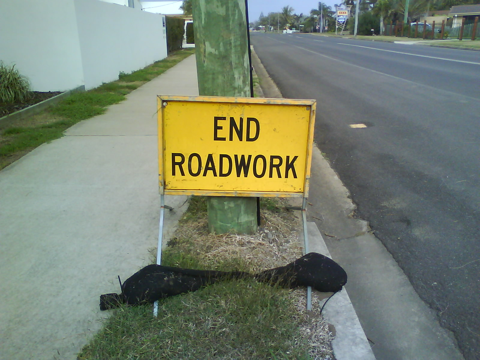 temporary-road-sign-002.JPG