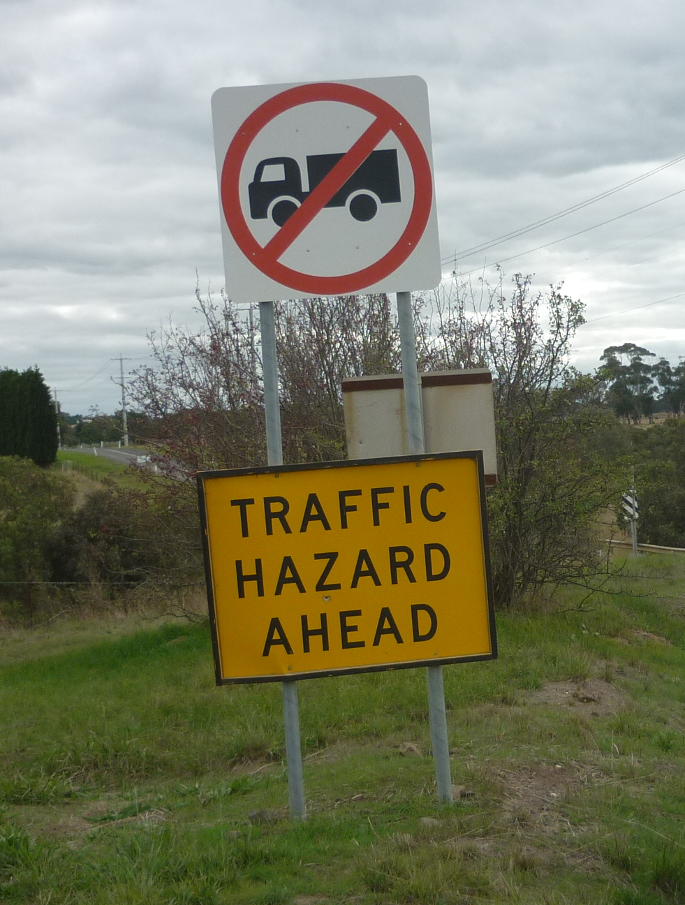 Traffic-Hazard-Ahead.JPG