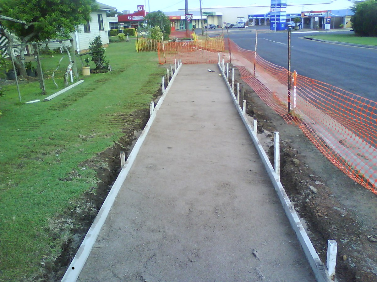 footpath-construction3.jpg